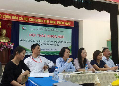 TS. Nguyễn Thùy Anh trả lời các câu hỏi tại Hội thảo